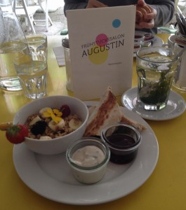 Breakfast at Augustin