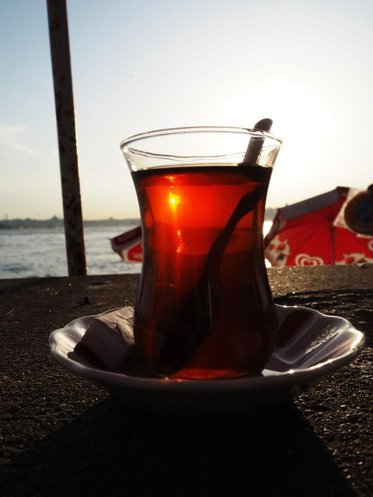 Istanbul Üsküdar Turkish tea cay