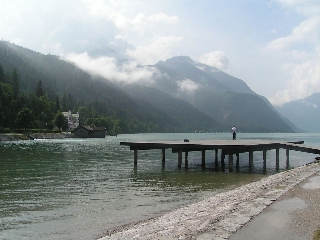 https://commons.wikimedia.org/wiki/File:Achensee1.JPG