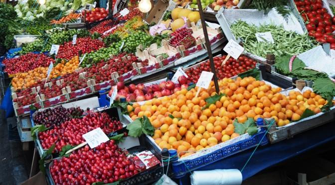 Istanbul Kadiköy fruit market