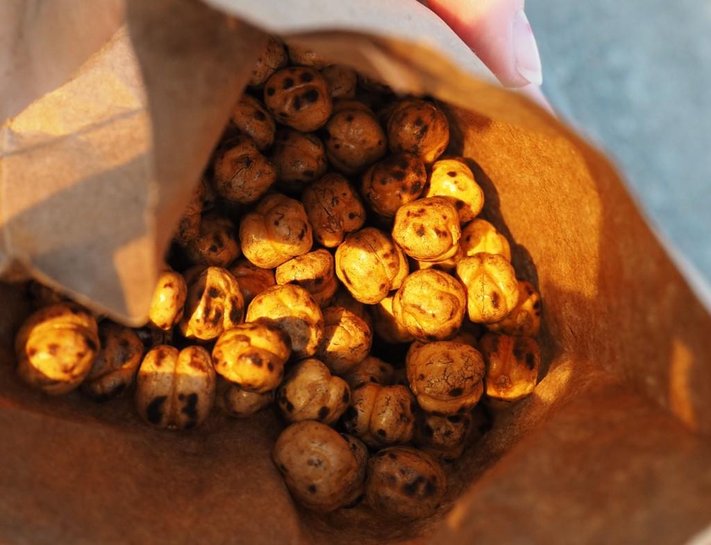 Istanbul - roasted chickpeas