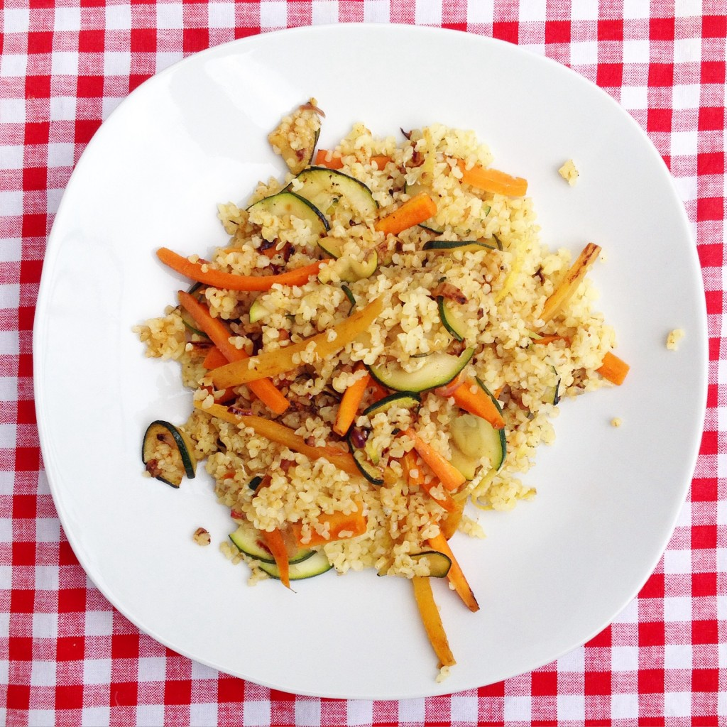 Kochbox - warm bulgur salad with vegetables