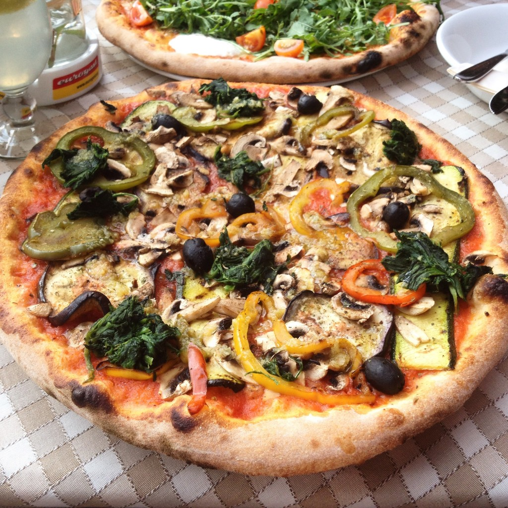 Pizza at Via Pasto in Pertisau