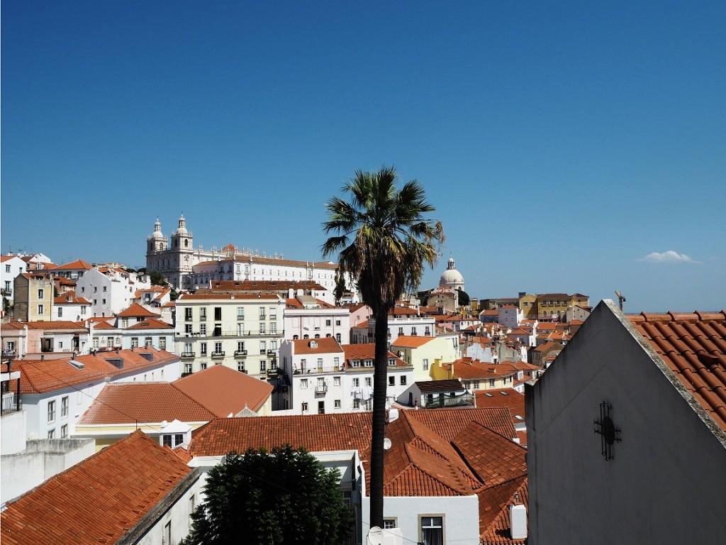 View towards igreja de Sao Vicente de Fora