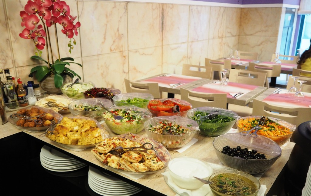 Vegan buffet at Jardim das Cerejas restaurant Lisbon