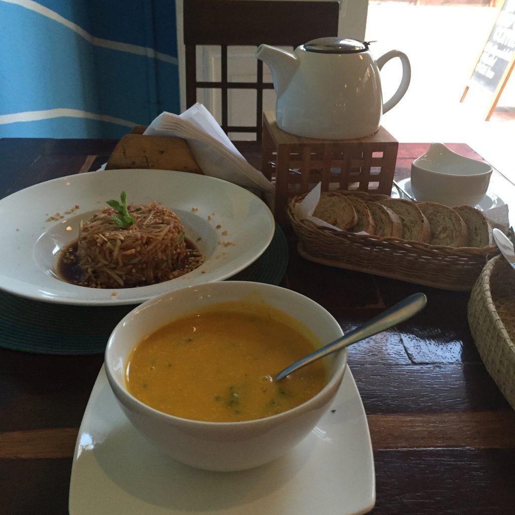 Ikaro Cafe Santa Marta vegan
