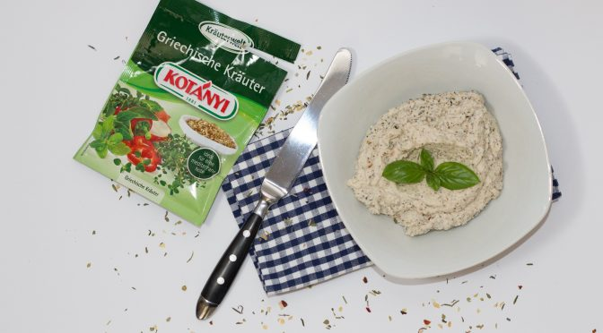 Kotányi Greek herbs raw vegan cashew dip